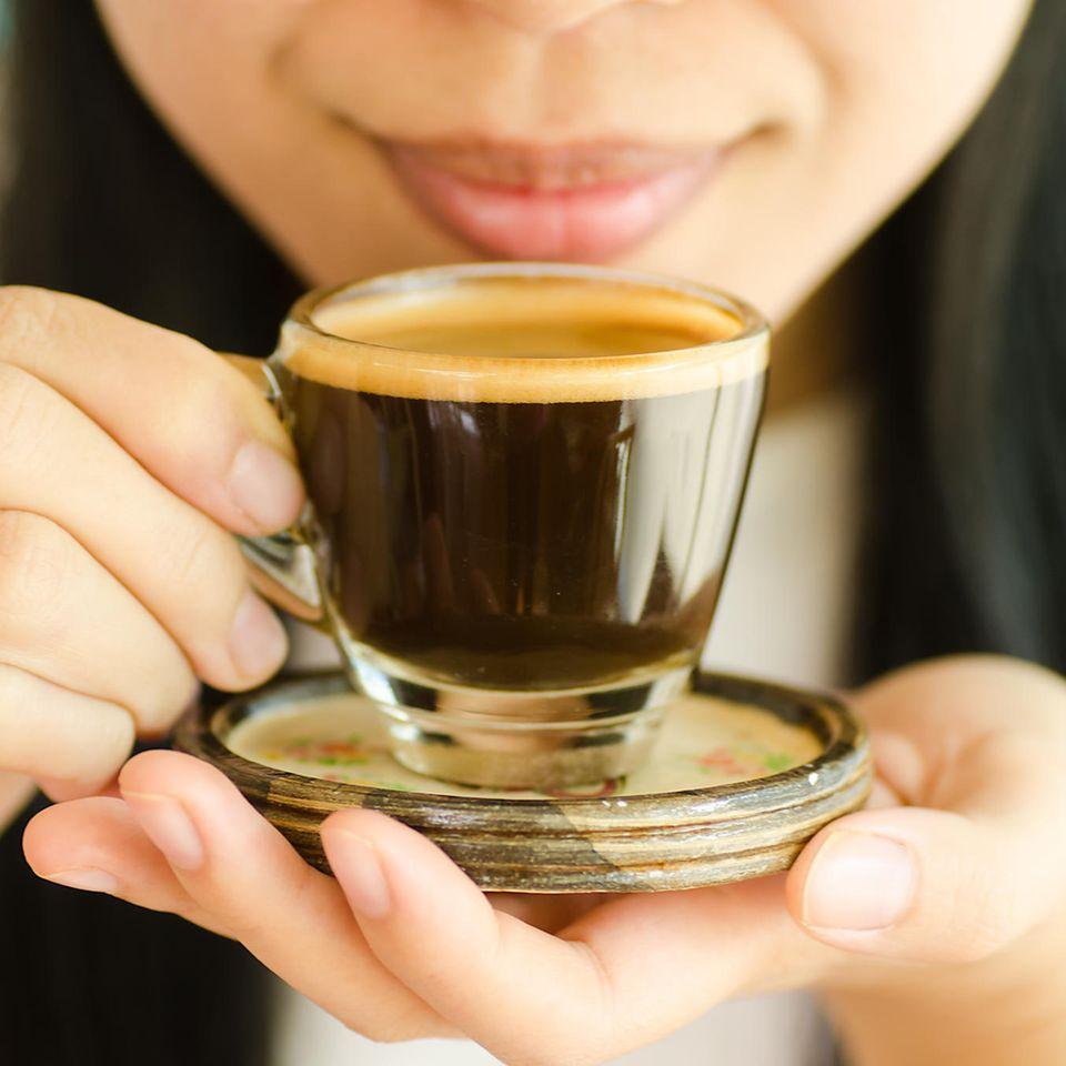 Espresso, Frau, Espressotasse