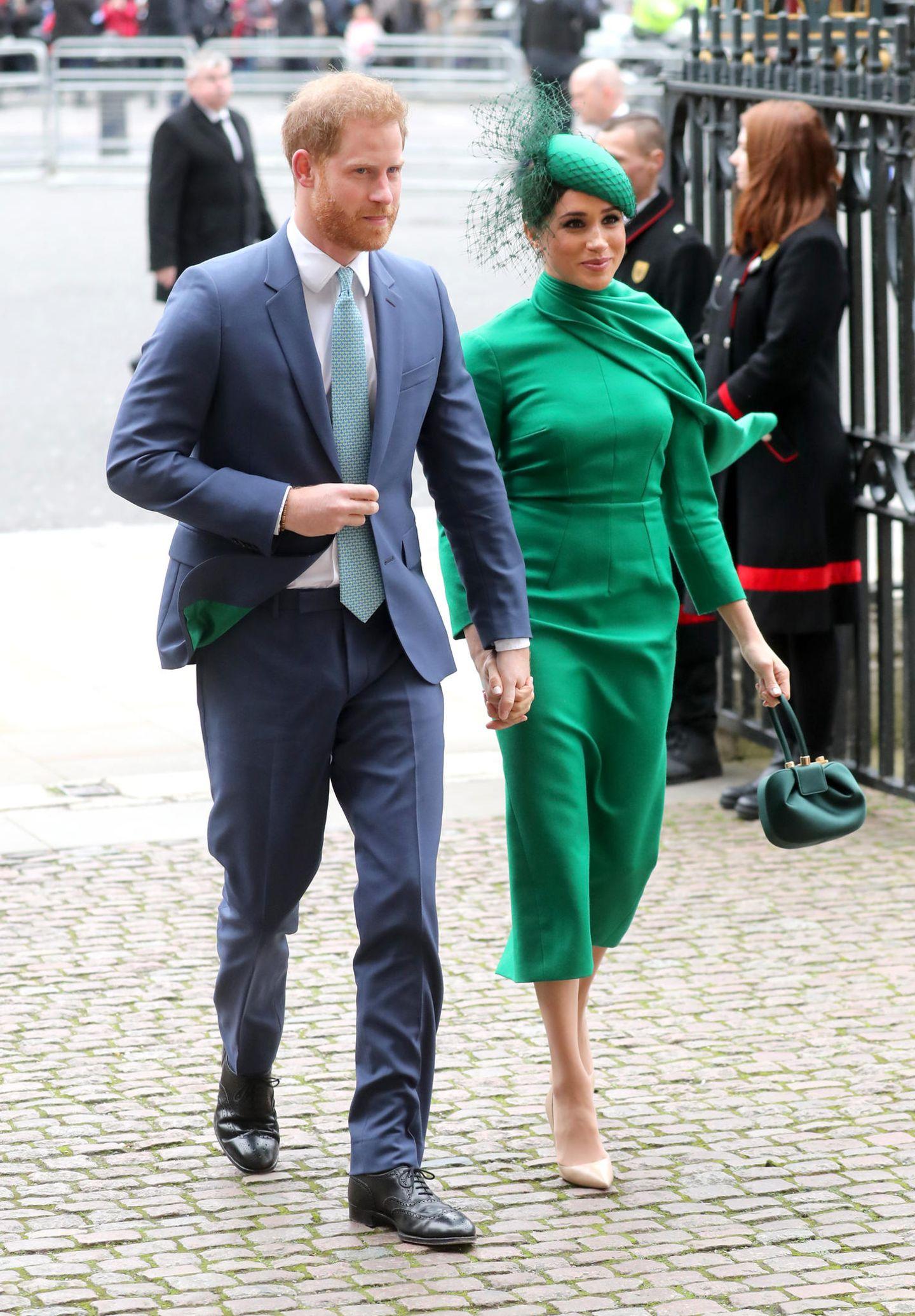Für Prinz Harry und Herzogin Meghan ist der Commonwealth-Day-Gottesdienst etwas Besonderes: Esist ihr letzter Auftritt im Namen der Queen.Am 1. Apriltritt der Megxit in Kraft und Harry und Meghan werden keine Pflichten mehr für das Königshaus wahrnehmen.