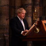 Auch Premierminister Boris Johnson ist gekommen und hält eine Rede. Bei dem Gottesdienst wird der Commonwealth gefeiert; ein politischer Verbund aus 54 Staaten, dessen Oberhaupt die Queen ist.