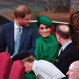 Herzogin Meghan hält einen Plausch mit Prinz Edward.