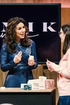 """Judith Williams nimmt die Pflegekosmetikserie """"MIMIK Skincare"""" genauer unter die Lupe"""
