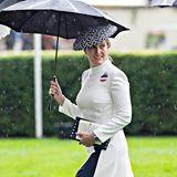 Schon in Ascot trug Gräfin Sophie das weiße Suzannah-Kleid
