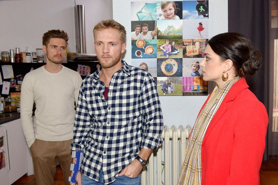 Philip (Jörn Schlönvoigt, l.), Paul (Niklas Osterloh), Emily (Anne Menden)