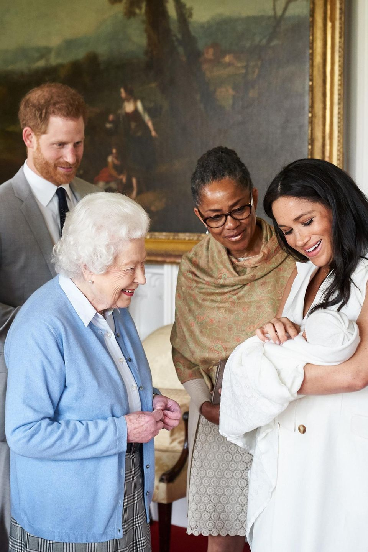 Prinz Philip, Prinz Harry, Queen Elizabeth, Doria Ragland, Herzogin Meghan, Archie Harrison Mountbatten-Windsor