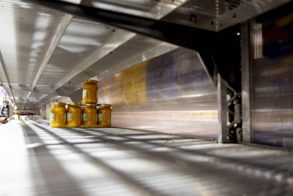 Die Regale in Supermärkten sind vielerorts leergefegt