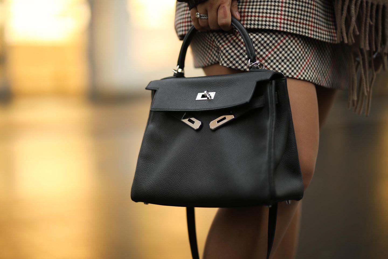 Unter Fashionistas ist die Kelly Bag das ultimative Musthave, auf das man gerne Jahre wartet.