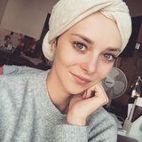 """Laura Bräutigam war 2016 bei """"Germany's next Topmodel"""", danach hatte sie wahrscheinlich den schwersten Weg: Mit 19 wurde bei ihr Lymphdrüsenkrebs diagnostiziert. Zum Glück konnte sie ihn bekämpfen und seitdem ein paar schöne Meilensteine feiern: 2019 die Verlobung mit ihrem René, 2020 folgt dann der gemeinsame Nachwuchs."""