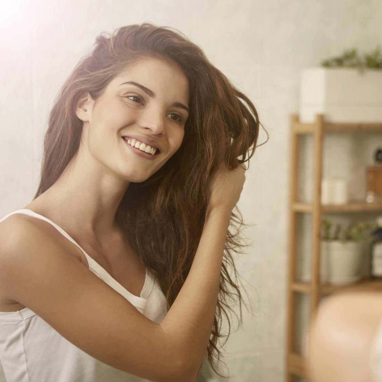 Haare ausfetten zu lassen, kann dem Haar einen Beauty-Push verabreichen.
