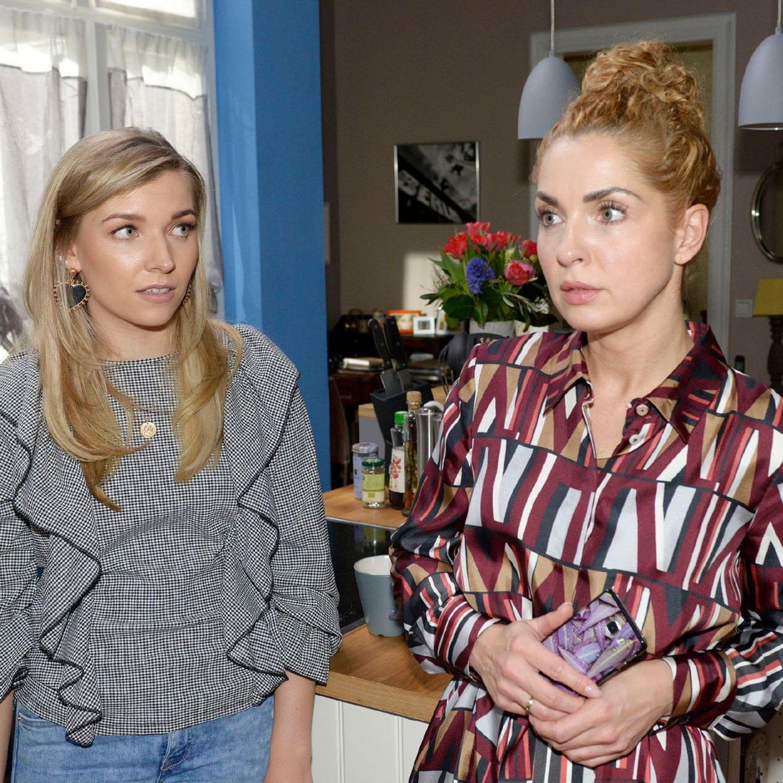 Brenda (Annabella Zetsch) und Nina (Maria Wedig)