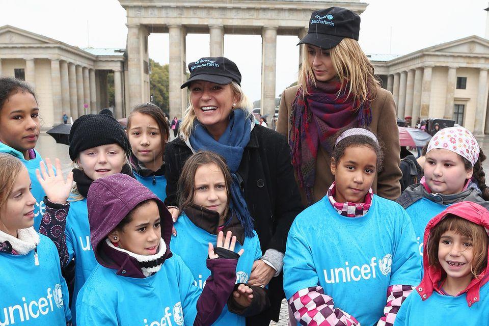 Sabine Christiansen und Model Eva Padberg engagieren sich seit Jahren als Botschafterinnen von UNICEF.