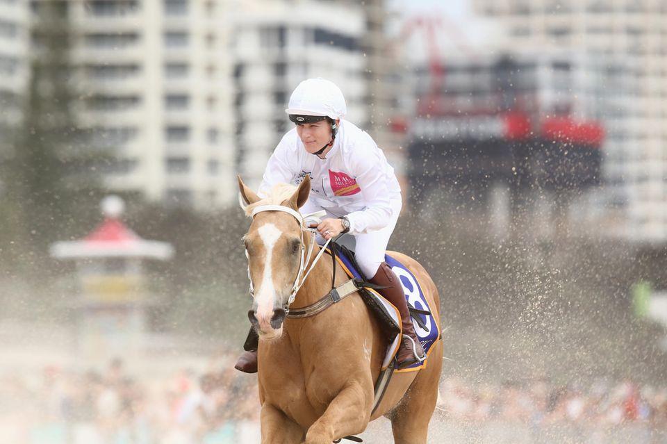 Noch im Januar war Zara Tindall bei einem Rennen in Australien angetreten