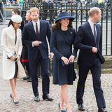 12. März 2018  Meghan und Kate erscheinen an der Seite ihrer Männer zu einemGottesdienst in der Westminster Abbey. Anlass ist der Commonwealth Day, an dem der Commonwealth - ein Verbund aus zu diesem Zeitpunkt 53Staaten - gefeiert wird.