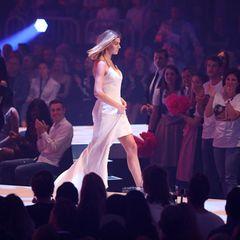 2018 wurde Gerda Lewis durch ihre Teilnahme anHeidis Casting-Show bekannt, belegte dort jedoch nur Platz 17. Erst als Bachelorette im Jahr 2019 startete die Karriere der1,72 Meter großen Blondinen so richtig durch...