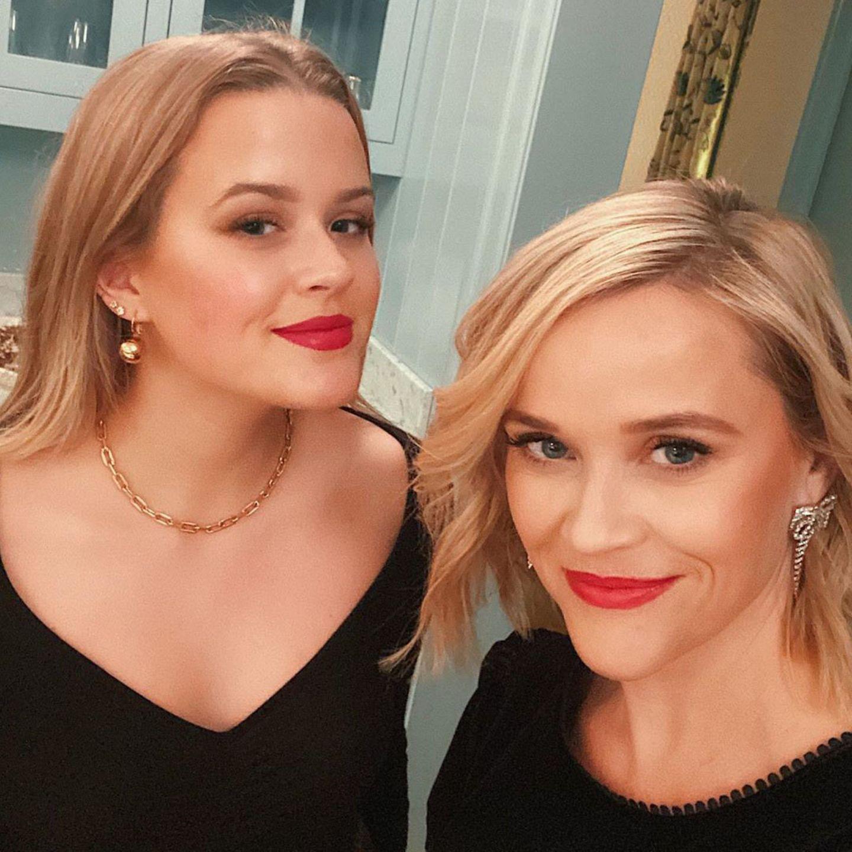 Ava Phillippe und ihre Mutter Reese Witherspoon pflegeneine innigeBeziehung zueinander. Allerdings könnten die beiden locker als Schwestern durchgehen.