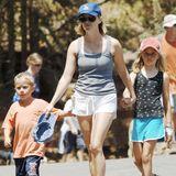 Schauspielerin Reese Witherspoon bringt 1999 ihre Tochter Ava zur Welt, 2003 folgt dann Sohn Deacon. Fünf Jahre später nimmt die Ehe mit dem Vater ihrer beiden Kinder, Ryan Phillippe, jedoch ein jähes Ende.