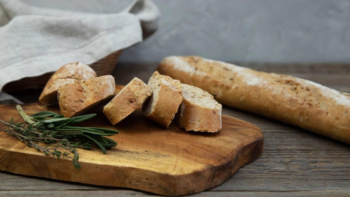 Baguette selber machen - innen schön luftig und außen knusprig