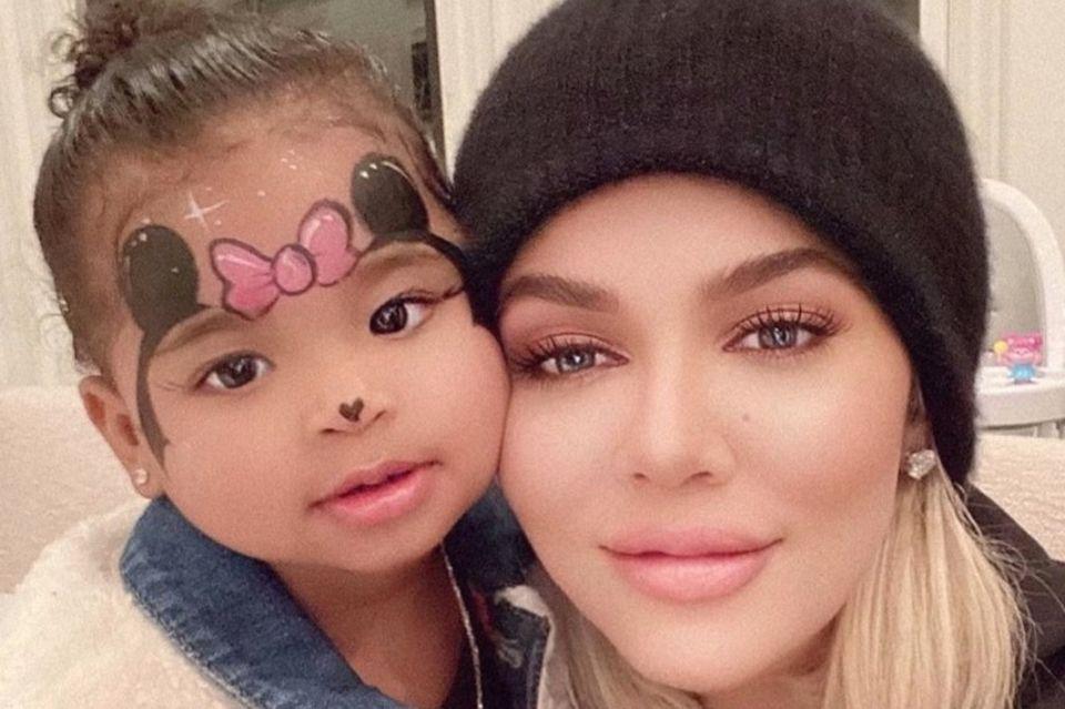 Tochter True und Khloé Kardashian