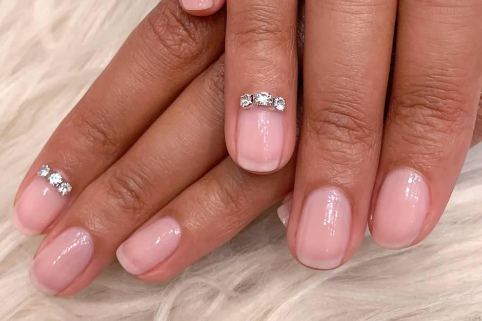 Nageltrends für die Braut