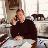Großherzog Henri von Luxemburg erledigt seine Amtsgeschäfte aufSchloss Berg, seiner Hauptresidenz. Für Henri sei es in Zeiten von Corona wichtig, in ständigem Kontakt mit denjenigen zu sein, die gegen das Virus kämpfen, heißt es in dem Post auf Instagram.