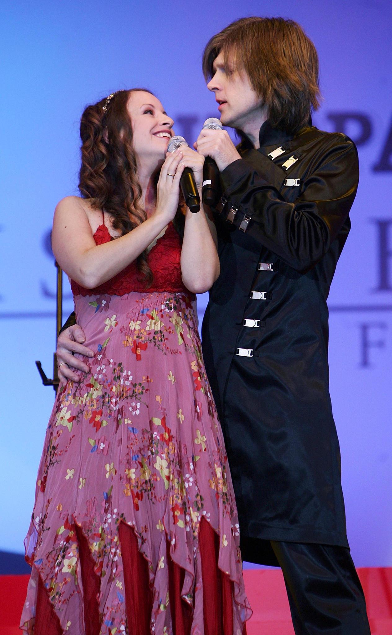 John Kelly mit seiner FrauMaite Itoiz