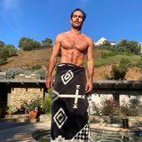 Kleine Ablenkung gefällig? Topmodel und Schauspieler Jon Kortajarena erfreut seine Instagram-Fans mit diesem sexy After-Workout-Foto.