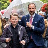 Aus dem kleinen Prinzen ist mittlerweile ein stattlicher geworden, auf den Papa Haakon zurecht stolz sein kann.
