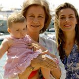 Sofias ältere Schwester Prinzessin Leonor bezaubert seit ihrer Geburt am 31. Oktober 2005 die Spanier. Sie steht an erste Stelle der Thronfolge.