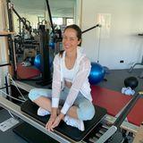 In Highwaist-Leggings und knappem Sport-Top hält sichAna Ivanovic während der Quarantänezeit in ihrem hauseigenen Trainingsraum fit.Auf Instagram gibt die Frau von Bastian Schweinsteiger Einblicke in ihre Workout-Routine und verrät ihre liebsten Sport-Übungen.