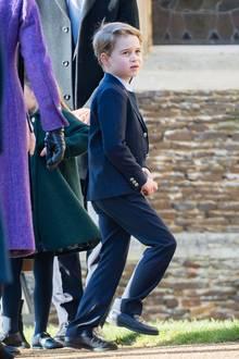 George ist nicht mehr ganz so pausbäckig, und mittlerweile schon der große Bruder von Prinzessin Charlotte und Prinz Louis.