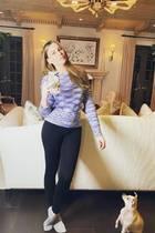 Sofia Vergara: Spiegelselfie im Wohnzimmer