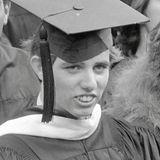 31. Dezember 1997  Michael LeMoyne, sechsten Kind von Robert F. und Ethel Kennedy, kommt bei einem Skiunfall ums Leben.Das Bild zeigt ihn bei seiner Abschlussfeier 1980.
