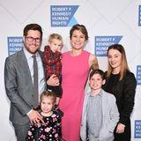 2. April 2020  Maeve Fahey Townsend, die Enkelin von Robert F. Kennedy, und ihr achtjähriger Sohn Gideon (2. v.r.) verlieren bei einem Kanuunfall ihr Leben.