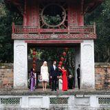 Das norwegische Kronprinzenpaar besuchte bei ihrer Staatsreise nach Vietnam im März 2014 den beeindruckenden Literaturtempel in Hanoi.