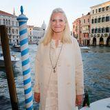 Prinzessin Mette-Marit konnte im Mai 2015 den romantischen Blick auf den Canale Grande von Venedig genießen. Dort eröffnete sie auf derBiennale den norwegischen Pavillon.