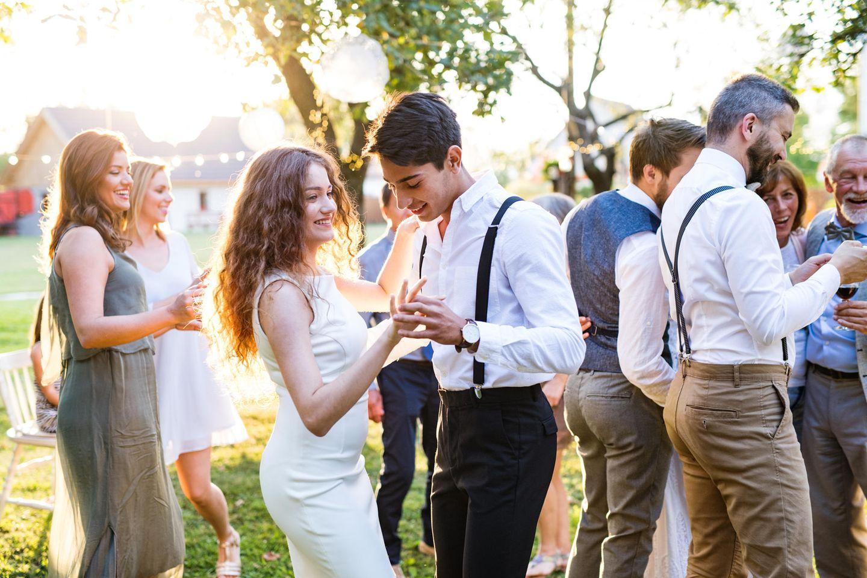 Das Paar lernte sich auf ihrer ersten Hochzeit kennen. (Symbolbild)