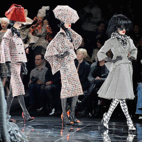 Eine Modenschau von Alexander McQueen