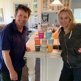 Im Hause von Michael J. Fox ist für genügend Vorrat an leckerer Eiscreme gesorgt - was braucht man mehr?