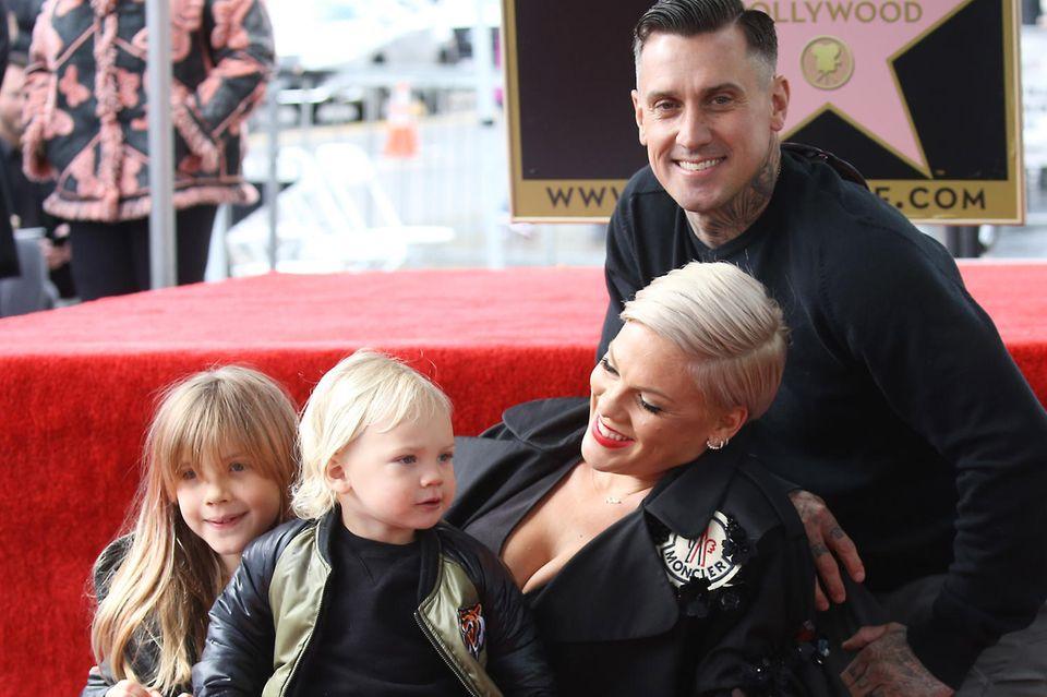 Pink, Carey Hart mit ihren Kindern Willow und Jameson