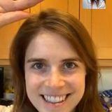 Prinzessin Eugenie ungeschminkt beim Video-Call