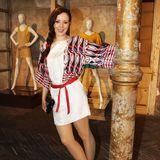 2011  Auch auf der Berliner Modewoche ist Jasmin Wagner ein gern gesehener Gast. Die lässige Flechtfrisur macht ihren Boho-Look perfekt.