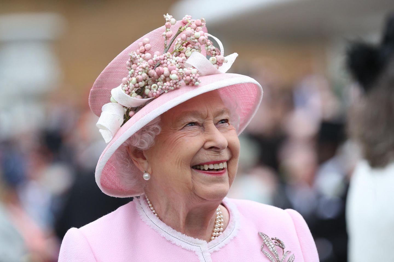 Queen Elizabeth wurde am 21. April 1926 alsElizabeth Alexandra Mary Windsor in London geboren.