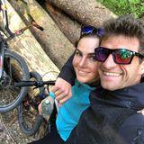 26. April 2020  FC Bayern-Star Thomas Müller und seine Frau Lisa genießen den Sonntag. Mit dem Fahrrad querfeldein durchs Wäldchen fahren und die Sonne genießen. Immer schön in Bewegung bleiben...