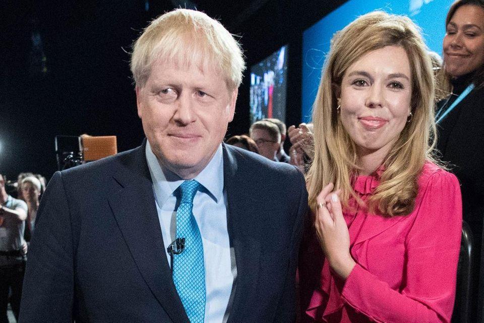 Boris Johnson und Carrie Symonds freuen sich über ihr Baby.
