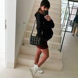Endspurt! Die Geburt des zweiten Kindes dieser Sportlerin und Spielerfrau steht kurz bevor. Die letzten Tage als Schwangere dokumentiert sie fleißig mit Babybauch-Schnappschüssen und teilt sie mit ihren Fans auf Instagram. Haben Sie die schöne Schwangere erkannt?