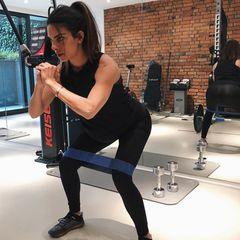 Wer rastet, der rostet – das findet Lilli Hollunder und hält sich auch während ihrer Schwangerschaft mit regelmäßigem Training fit ...