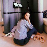 Wenn Popstar Selena Gomez nicht ins Tonstudio kann, kommt es eben zu ihr nach Hause.