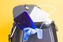 Handtasche richtig reinigen