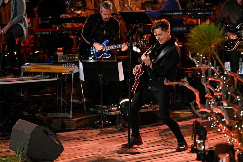 """Michael Patrick Kelly auf der Bühne von """"Sing meinen Song"""""""