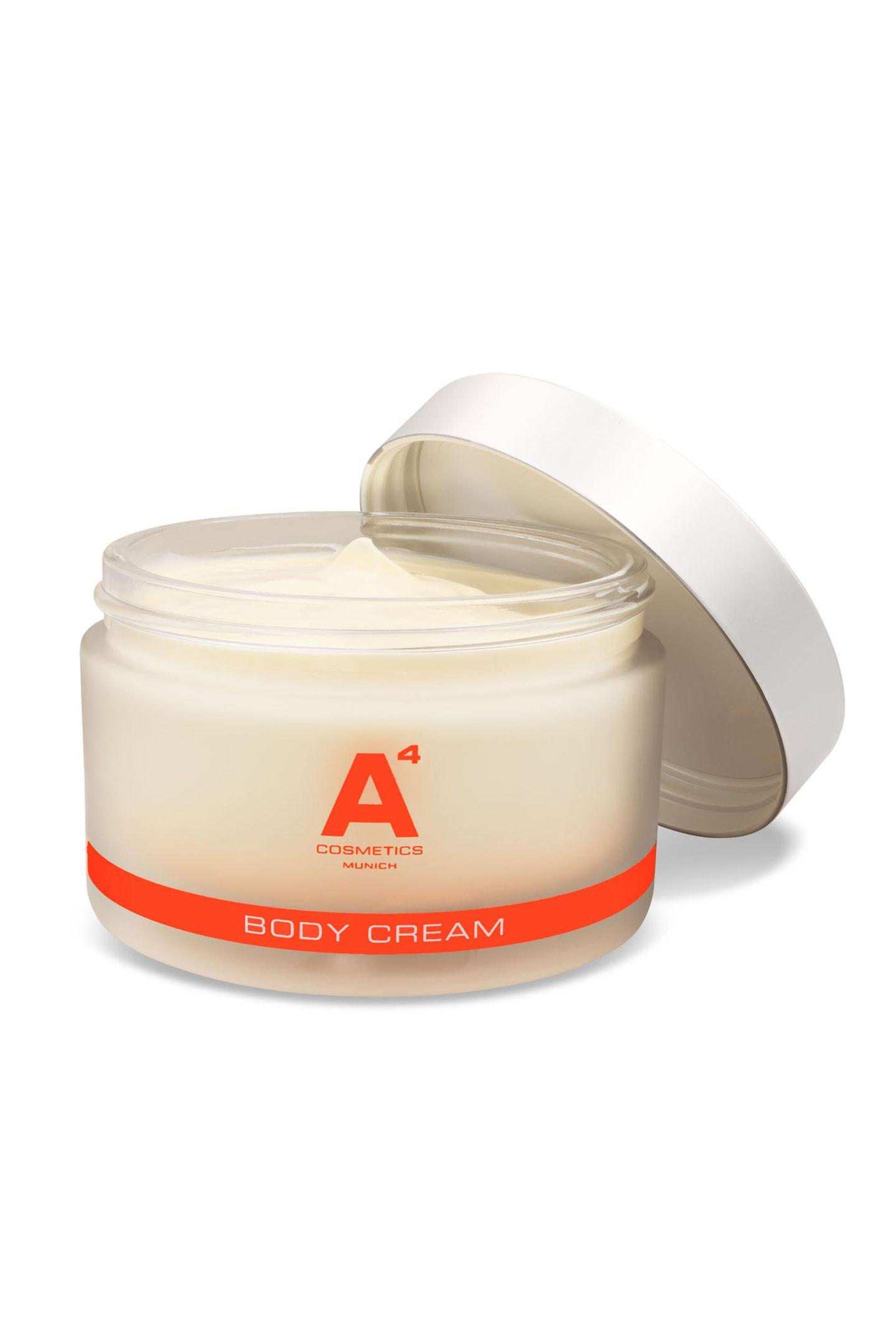 Schenken Sie Ihrer Mutter das Verwöhn-Treatment für Zuhause: Die A4 Body Cream begeistert mit 100 % pflanzlichem Argan-Stammzellextrakt und sorgt für intensiv gepflegte und straffe Haut! Von A4 Cosmetics, 113 Euro