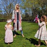Nicky Hilton im Partnerlook mit ihren Kids